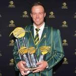 De Villiers scores big