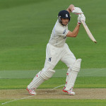 Trott makes muted comeback