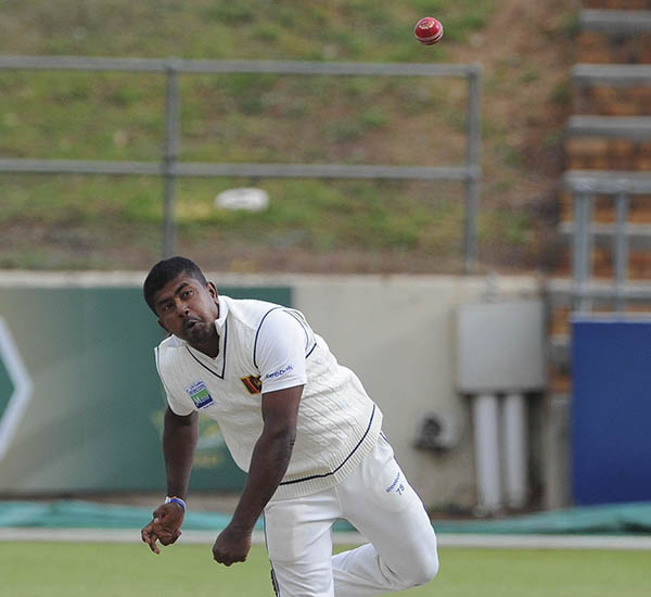 SL take control in Colombo