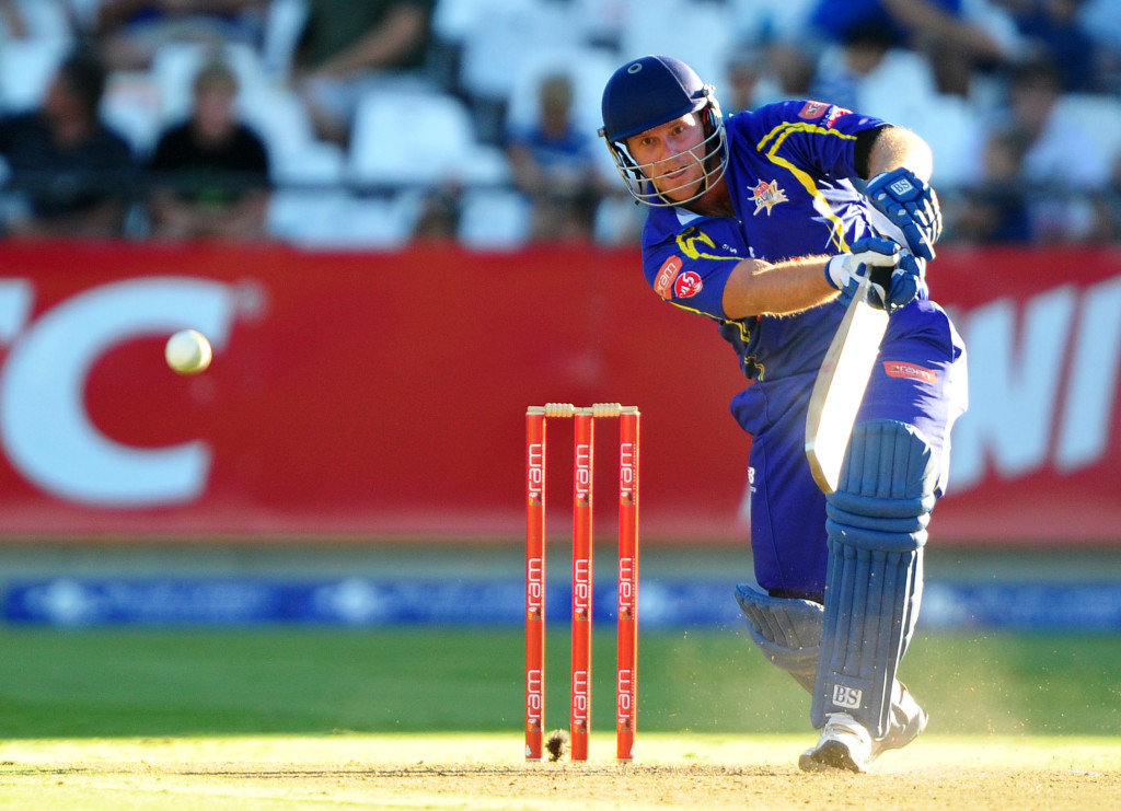 Cobras finish on low note