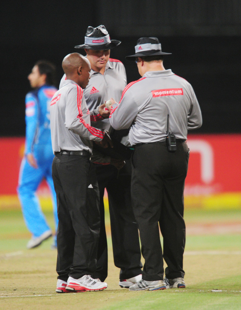 Umpire comms to be aired