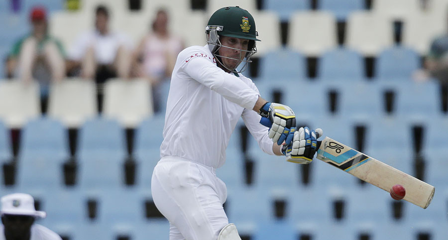 Proteas on top at lunch