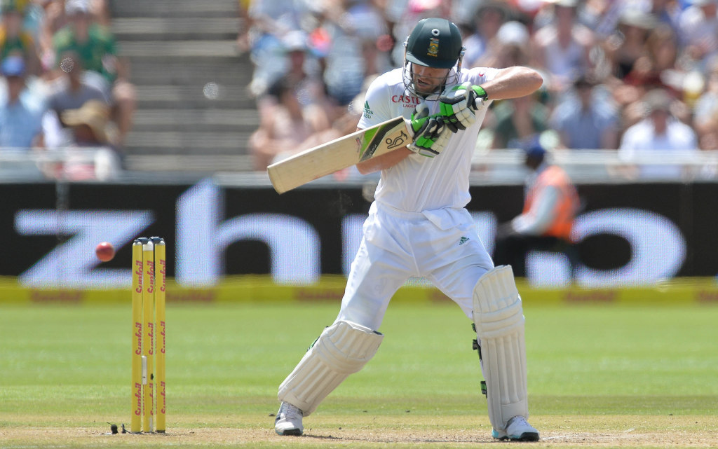 AB stands firm as Proteas fold