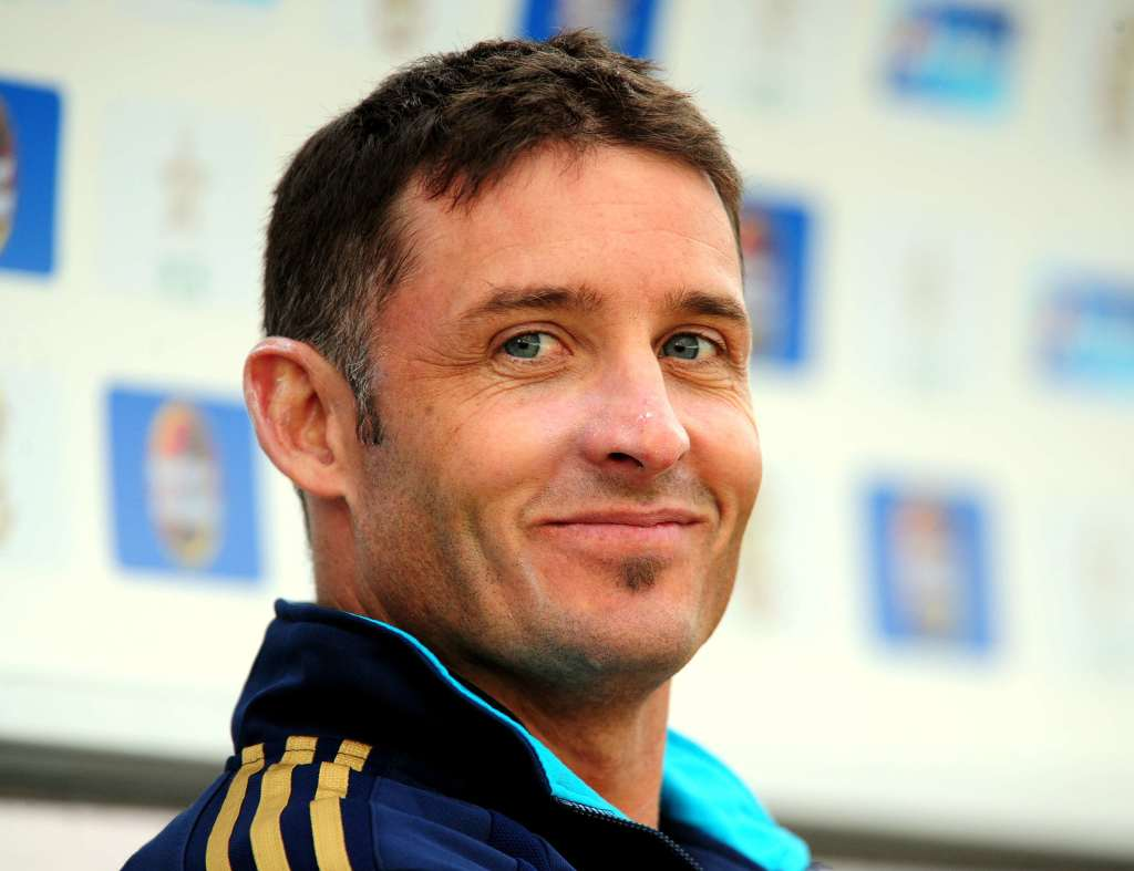 Hussey accepts Proteas offer