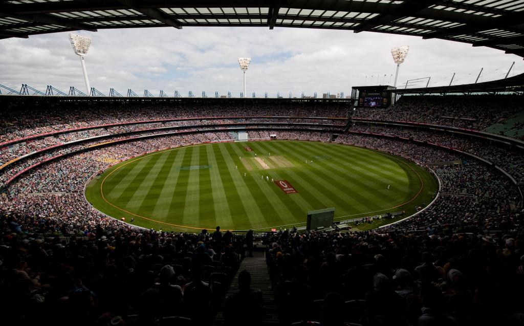 'MCG crowd a big challenge'