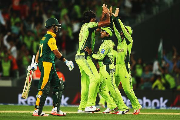 Pakistan shock SA