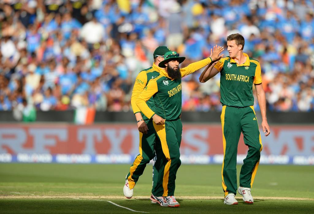 Morkel moves into top 10