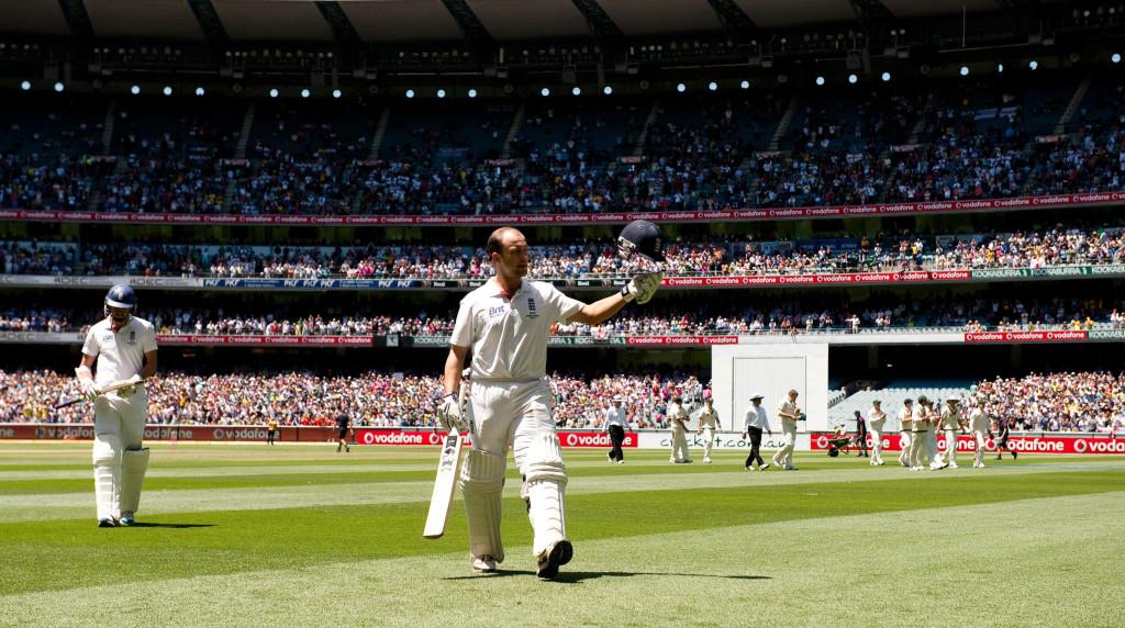 Basics still important in Test cricket - Trott