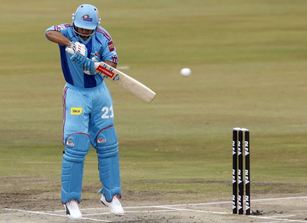 Duminy fifty can't prevent defeat