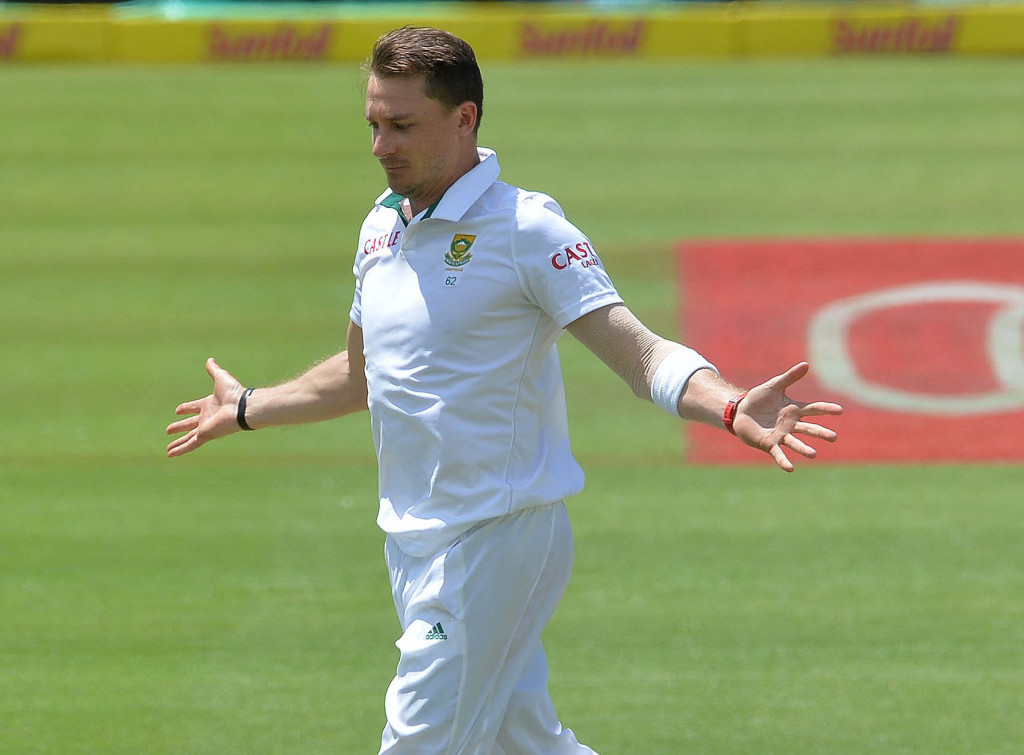 Steyn gets his 400th Test wicket