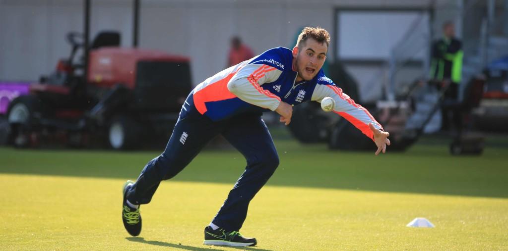 England drop Lyth for Pakistan