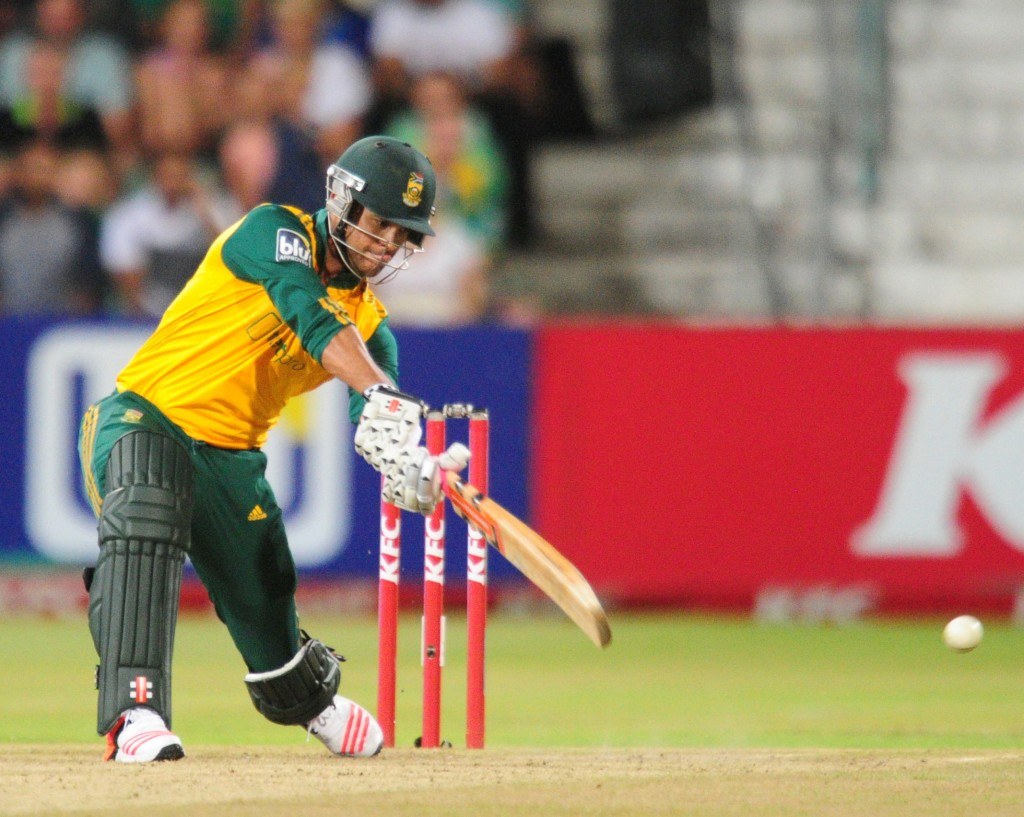 Duminy backs bowlers after loss