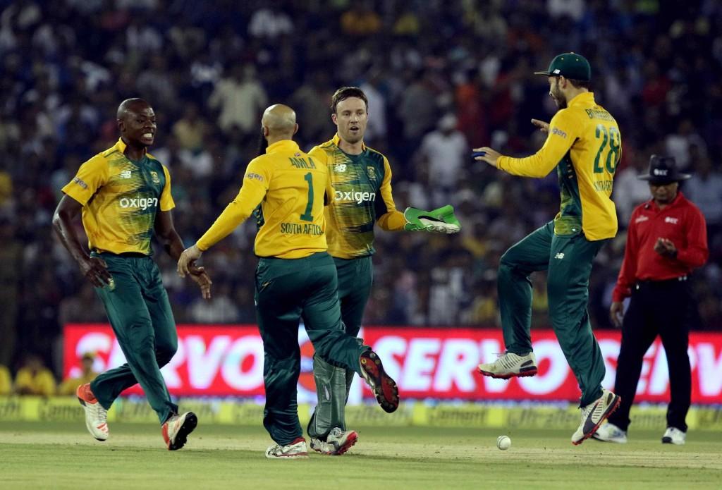Proteas win in Cuttack chaos