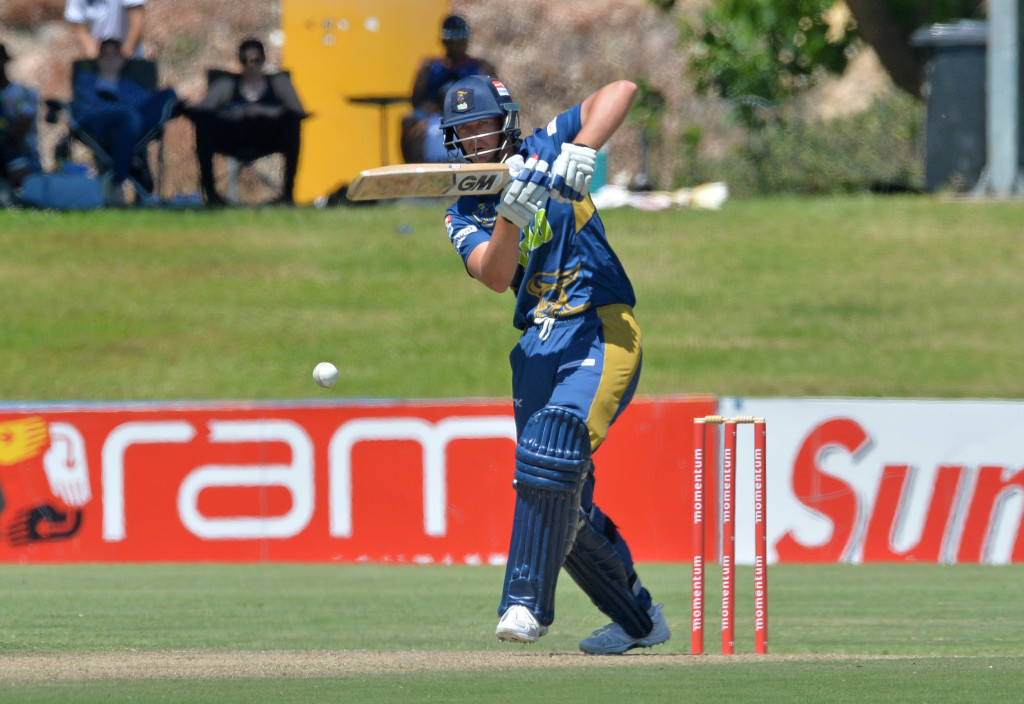 Coetsee takes Knights home