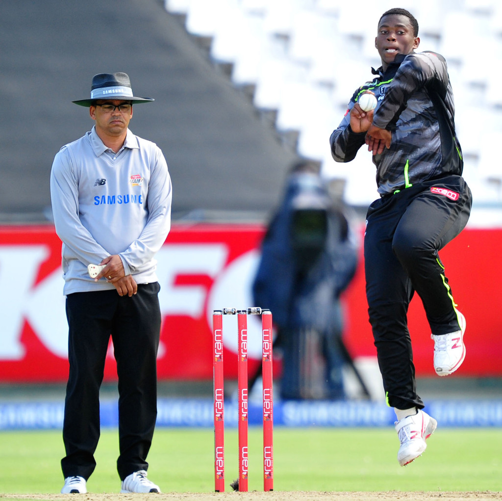 Magala five-for sinks Lions