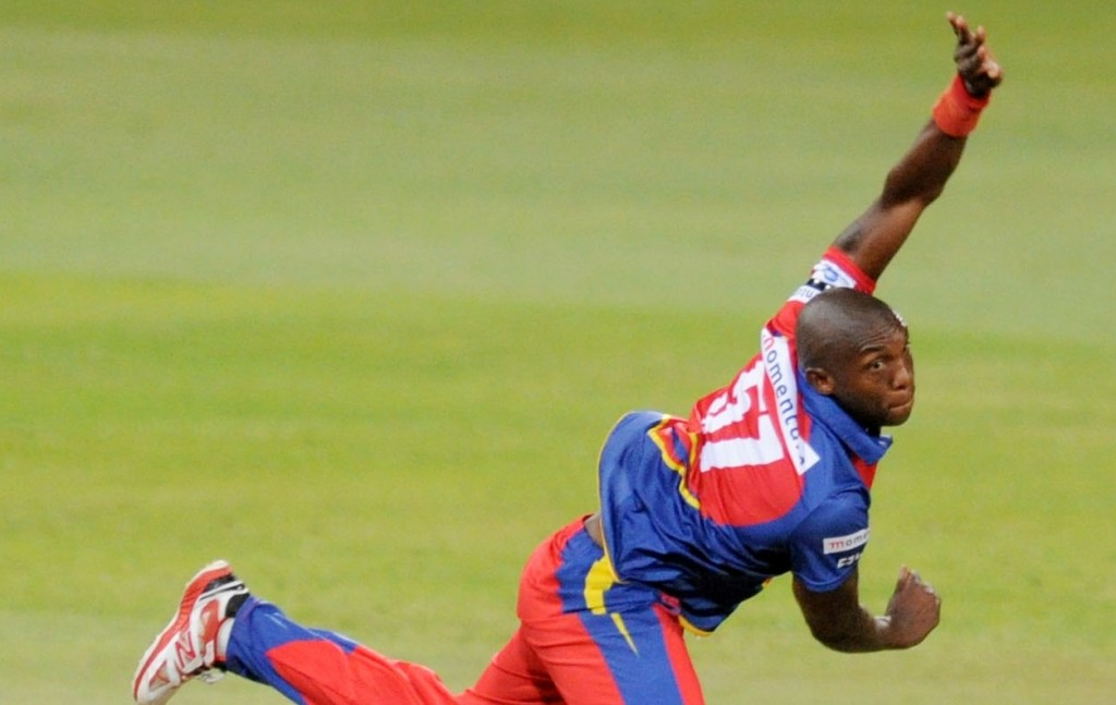 Leie's five-for crushes Knights