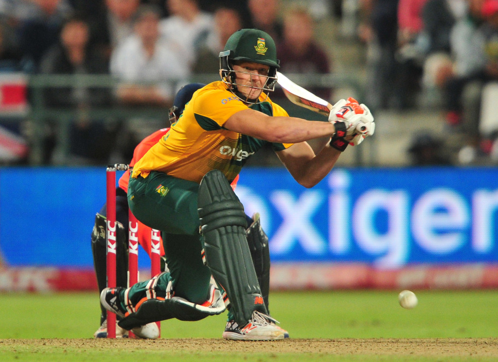 Proteas bowl first in Joburg