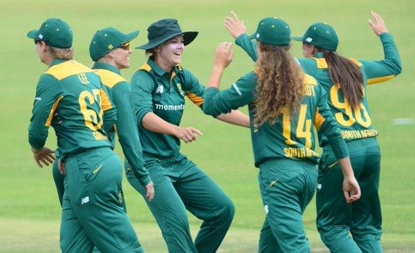 SA women strike back
