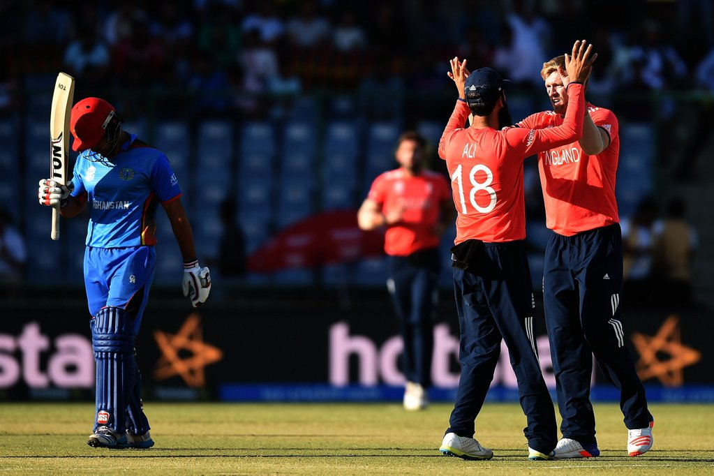 England survive scare to beat Afghanistan