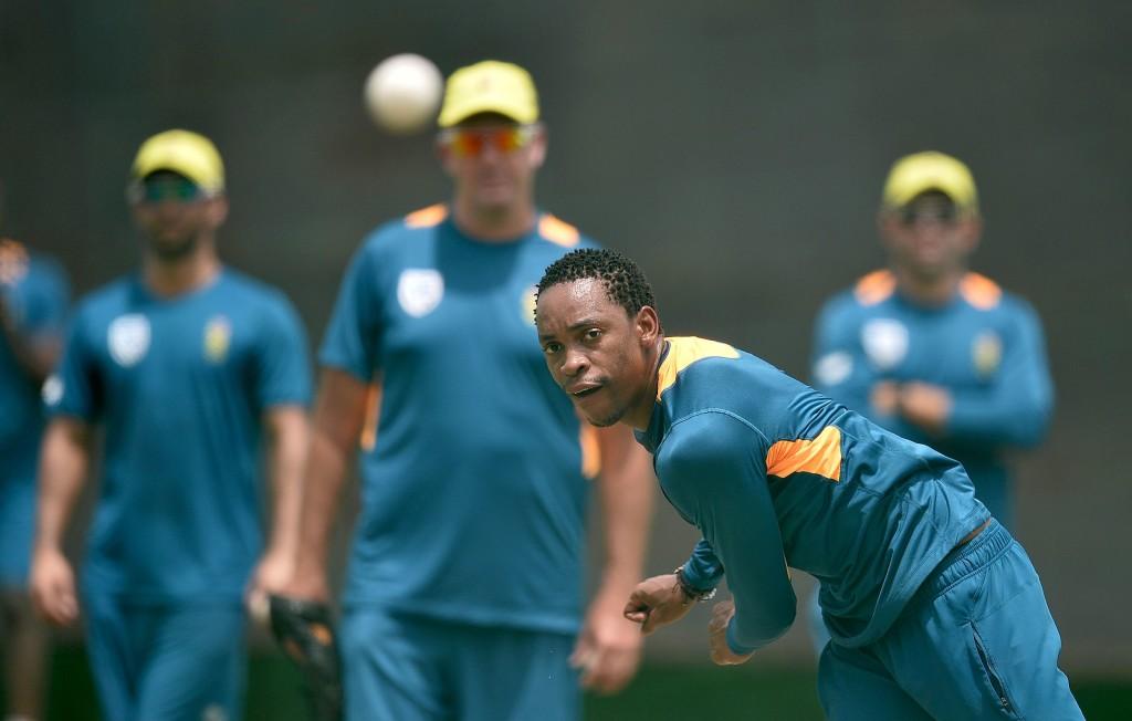Proteas bat, Shamsi debuts