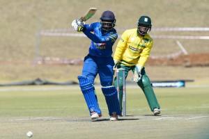Sri Lanka fight back