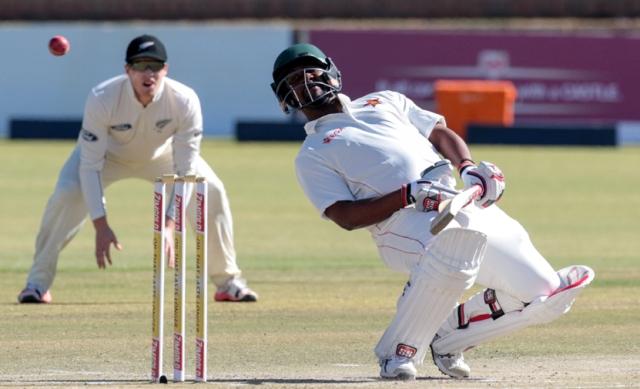 Zimbabwe on back foot