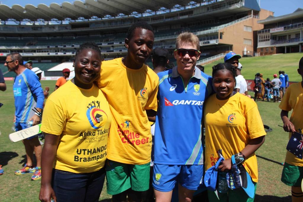Australia introduce Afrika Tikkun youth to cricket