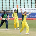 Aus prepare for Proteas with big win