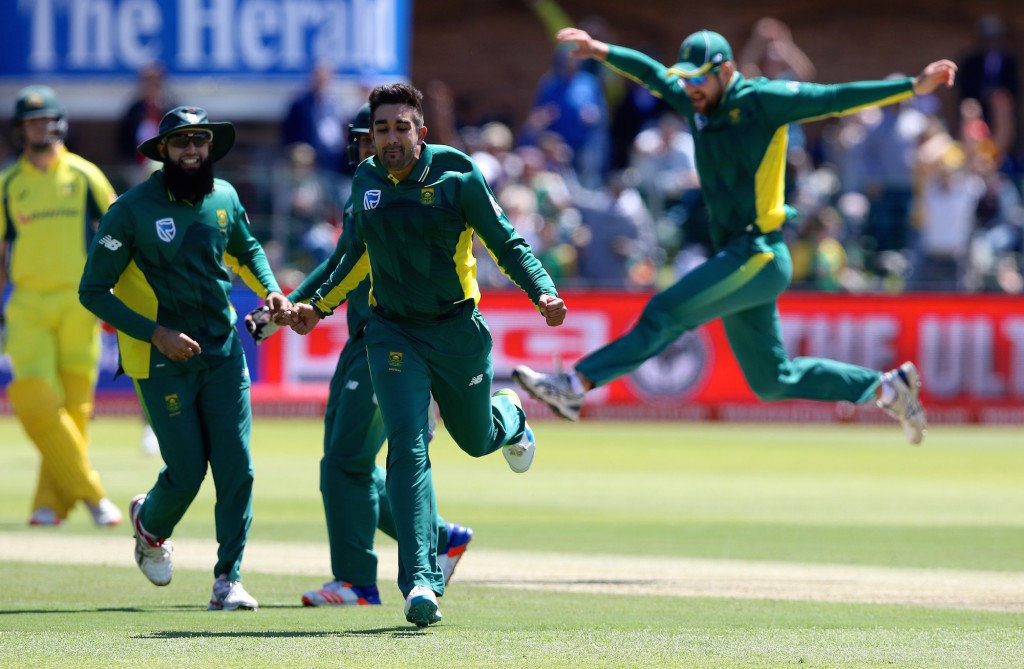 Quick-fire bowling rattles Australia for 167