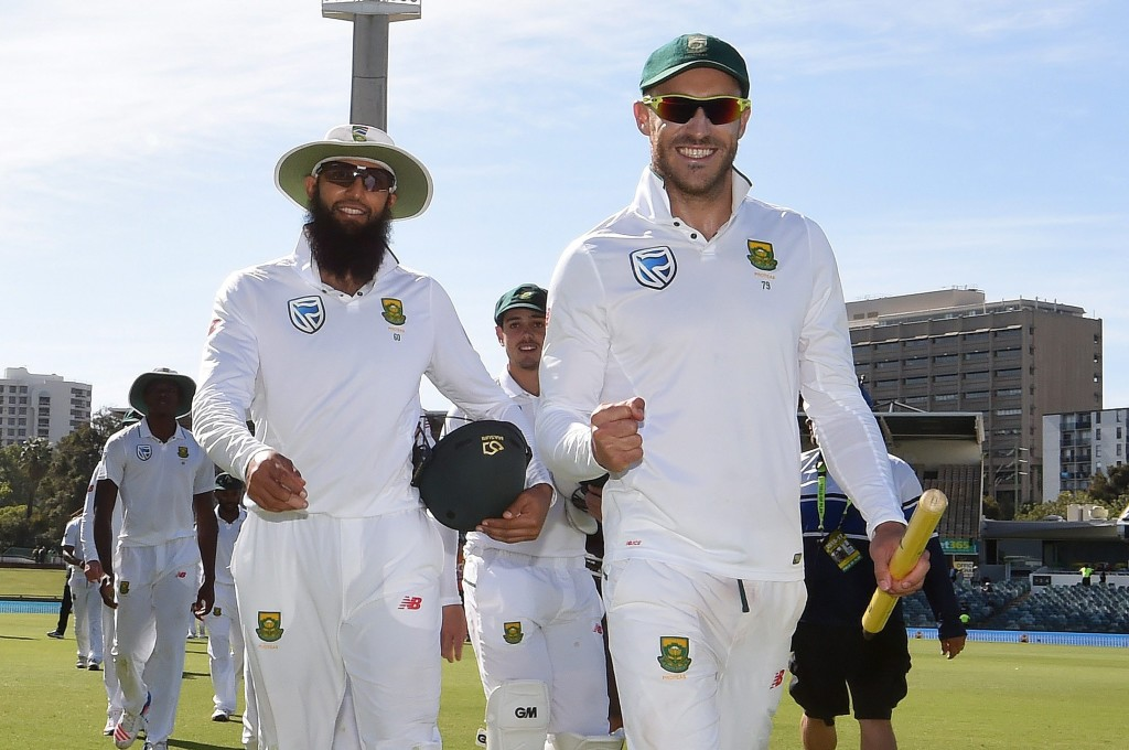 Faf reacts to ball-tampering accusation