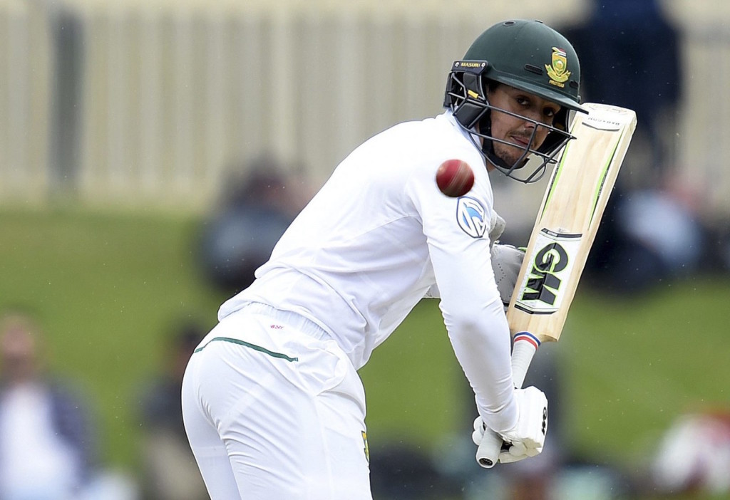 'I don't try to be like Gilchrist'