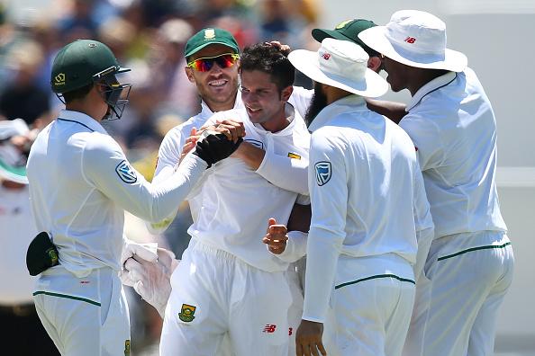 Proteas fight back to stun Aussies