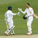 Bavuma, De Kock push on