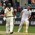 Abbott strikes after De Kock ton