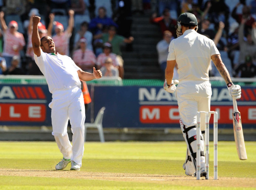 Philander's debut five-for