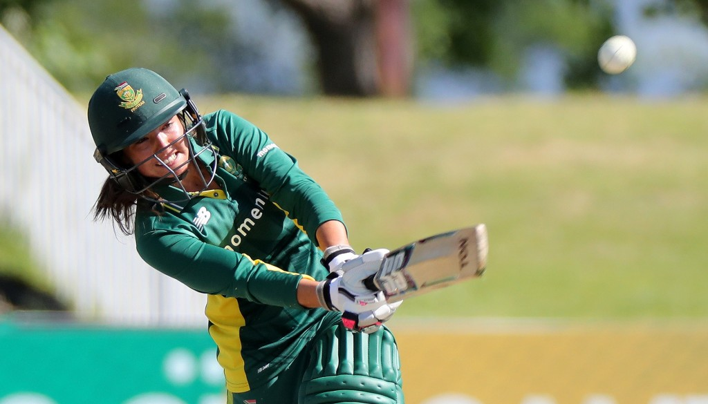 Luus gives Proteas Women good start