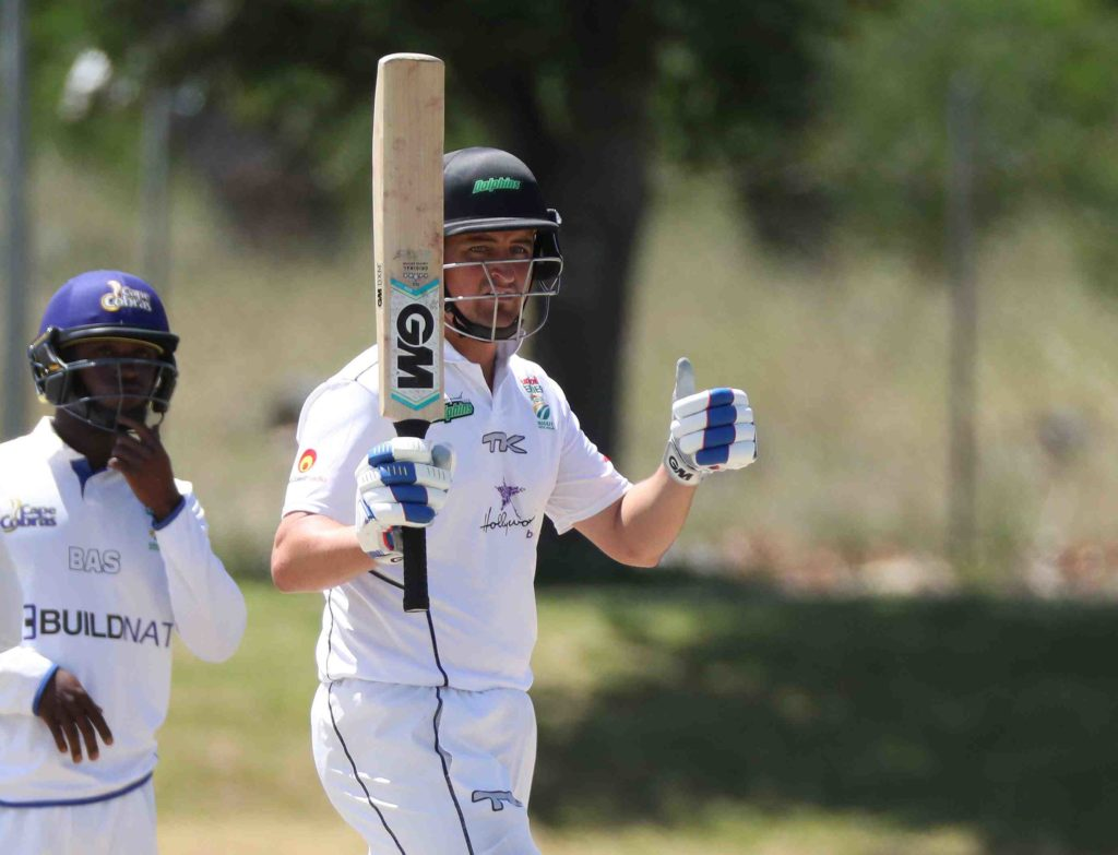 Smit to leave Dolphins