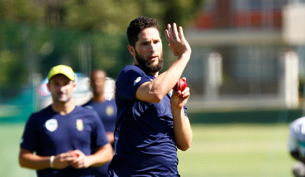 Proteas wait on bowling lines