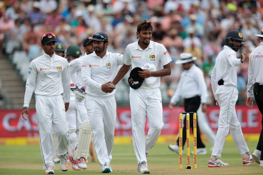 Elgar firm after Cook and Duminy ducks