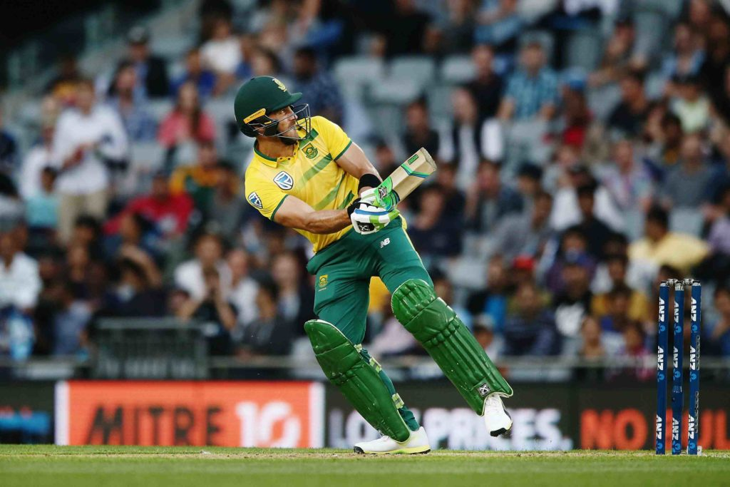 Proteas post 185-6 in Auckland