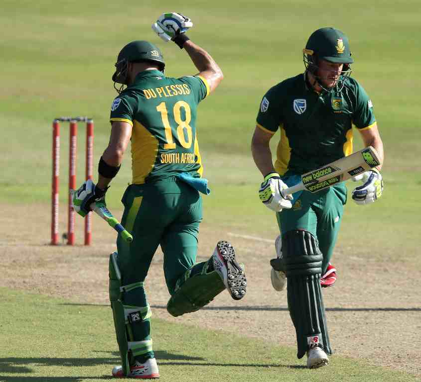Faf, Miller tons power Proteas to 307-6