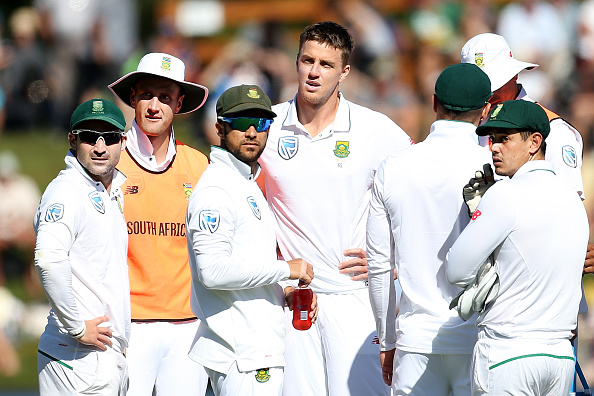 Proteas bowl first in Wellington