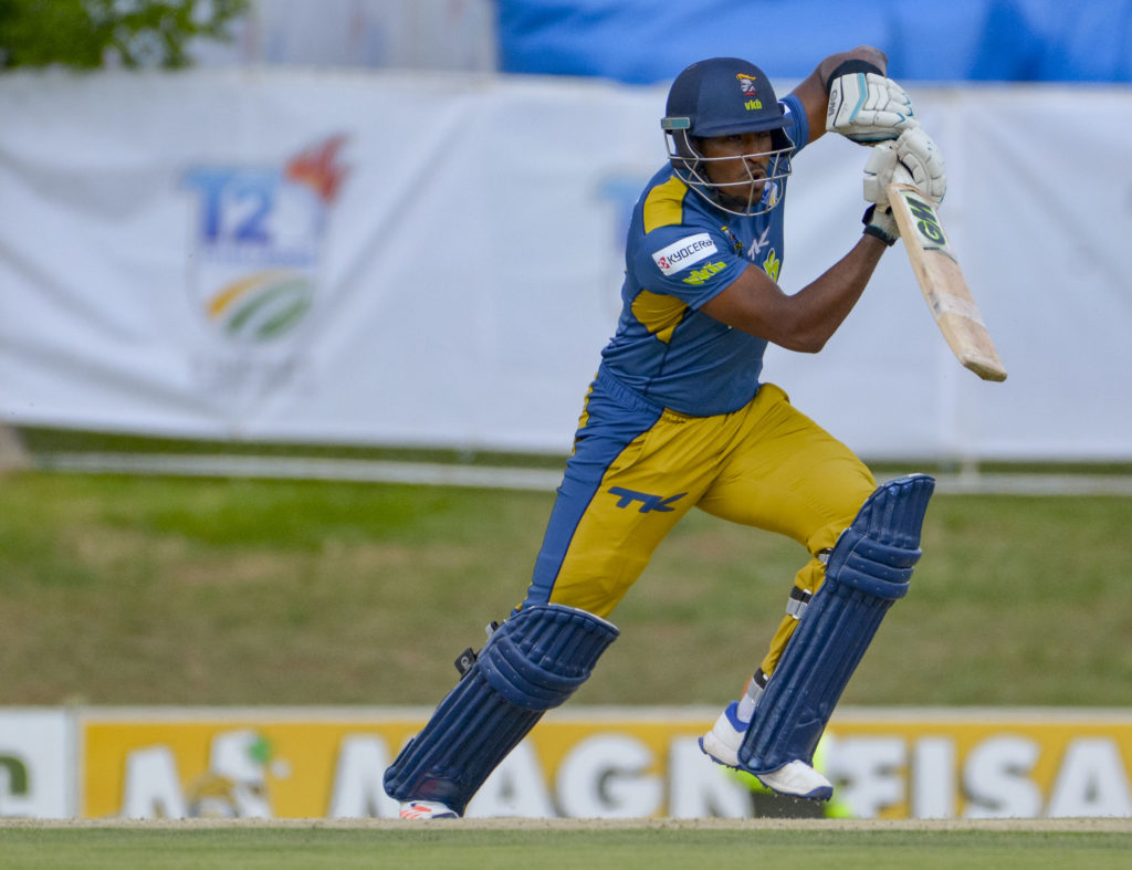 Knights knock out Cobras