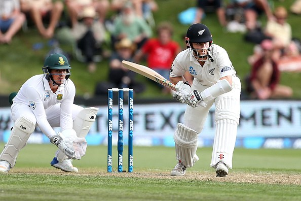 Dunedin Test evenly poised