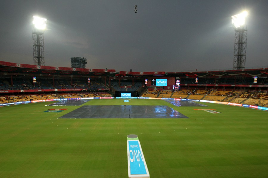 RCB vs SRH rained out