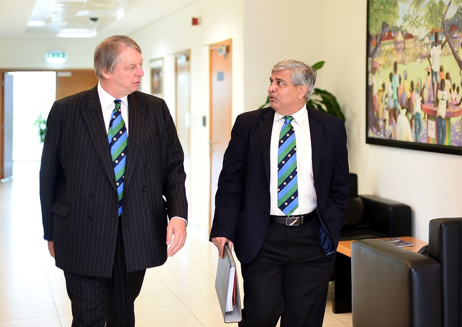 Manohar to see out ICC term