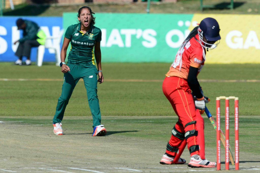 Proteas open with clinical victory