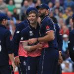 England bat first in semi-final