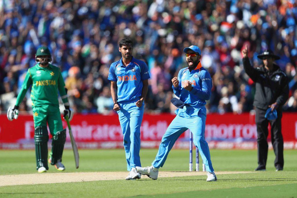 Sri Lanka send India into bat