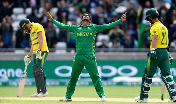 Bowlers, rain see Pakistan home